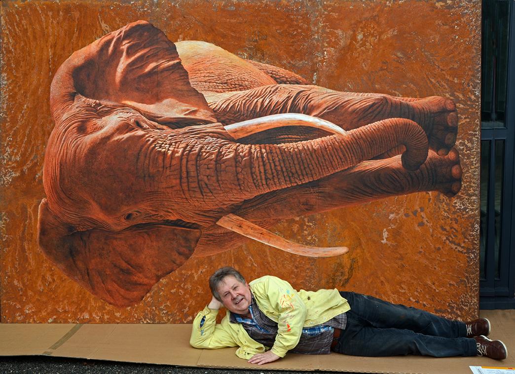 l'éléphant XXL rouillé