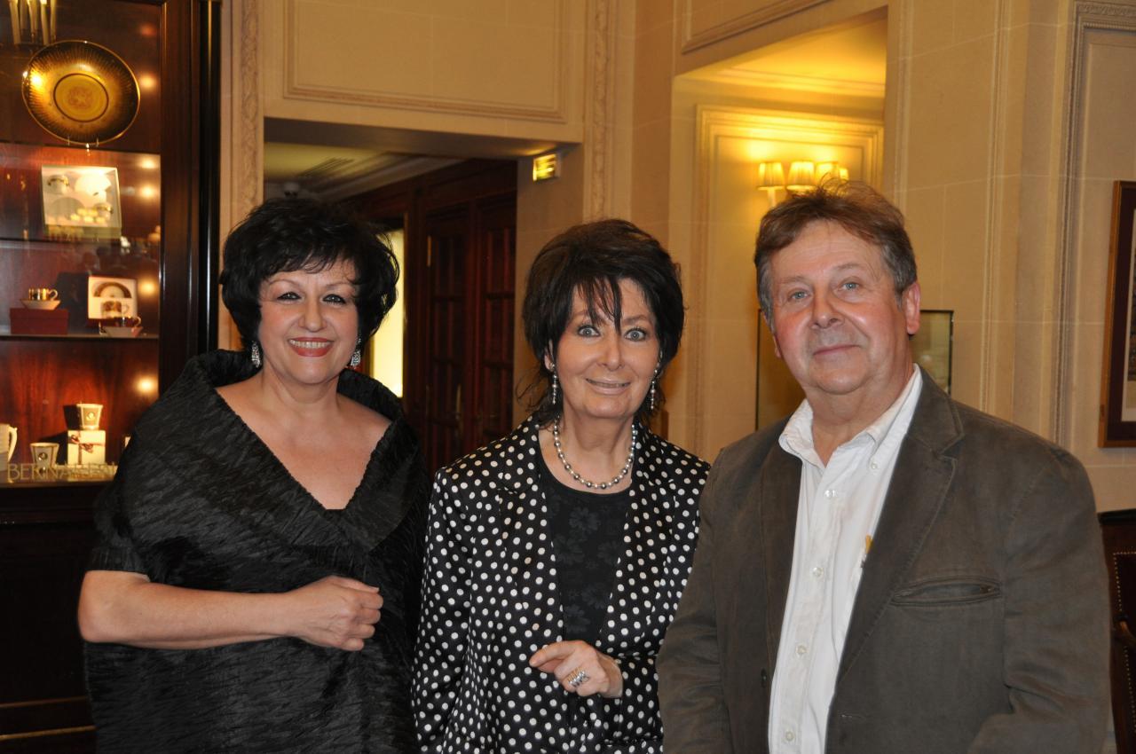 avec la cantatrice Laura Presti et Jacqueline Vermere